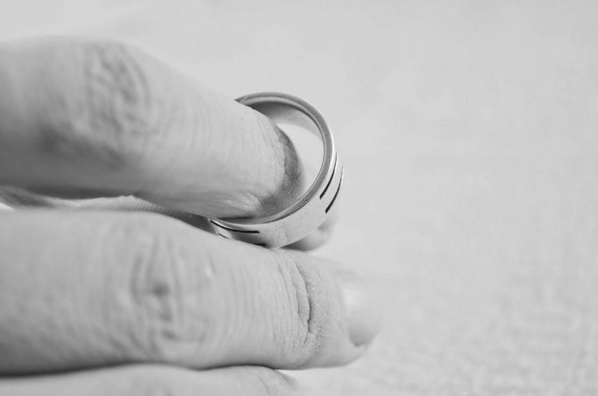 ¿Qué es un divorcio contencioso?